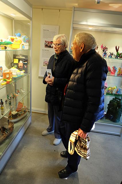 Karin och Hans Siecke missar inte en utställning i Museiföreningens regi.