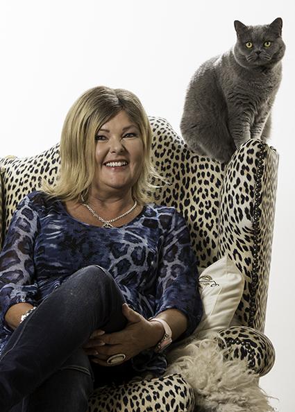 Susanne Hellman Holmström har hjälpt tusentals kattägare att komma till rätta med kattens beteendeproblem.