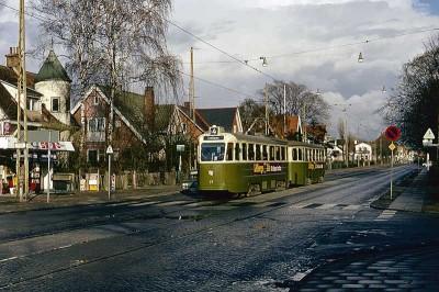 4-an på väg till ändhållplatsen i Limham. Från 1973.